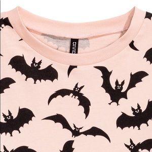 h m tops pink bats print sweatshirt poshmark